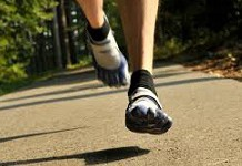 ventajas-de-correr-descalzo-o-minimalista